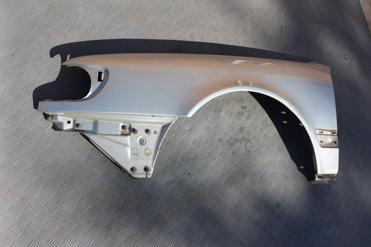 Крыло левое с дефектом под восстановление Audi 100 A6 C4 91-97г - Автозапчасти-разборка Audi в Запорожье