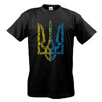 Футболка с желто-голубым гербом Украины