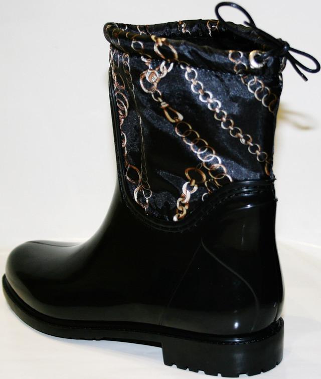 d66850b68 Мы предлагаем резиновые сапоги женские на не высоком каблуке черного цвета,  с утеплителем, 46112