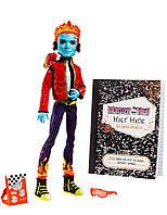 Кукла Монстер хай Хольт Хайд базовый с питомцем (Monster High Holt Hyde with Pet chameleon Crossfade)