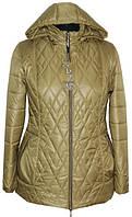 Короткая женская куртка большого размера