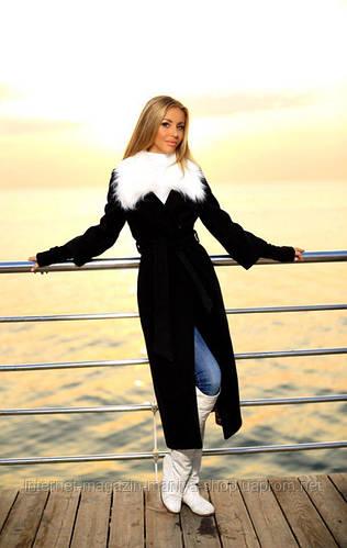 Пальто женское на подкладке с поясом и мехом