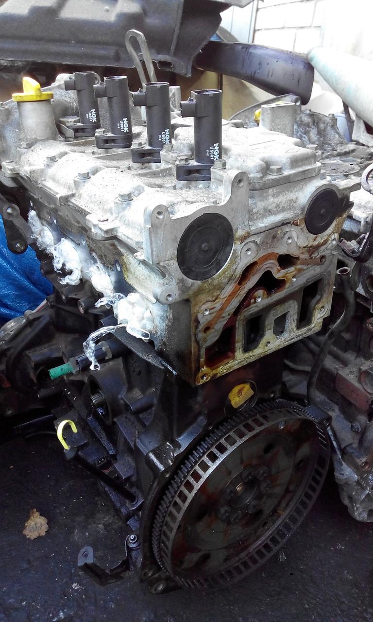 Двигатель Рено F4R 747 2.0 16V АКПП Сценик 1