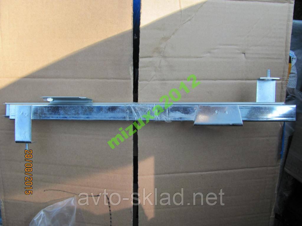 Направляющие стёкол ВАЗ 2104, 2105, 2107  2 шт