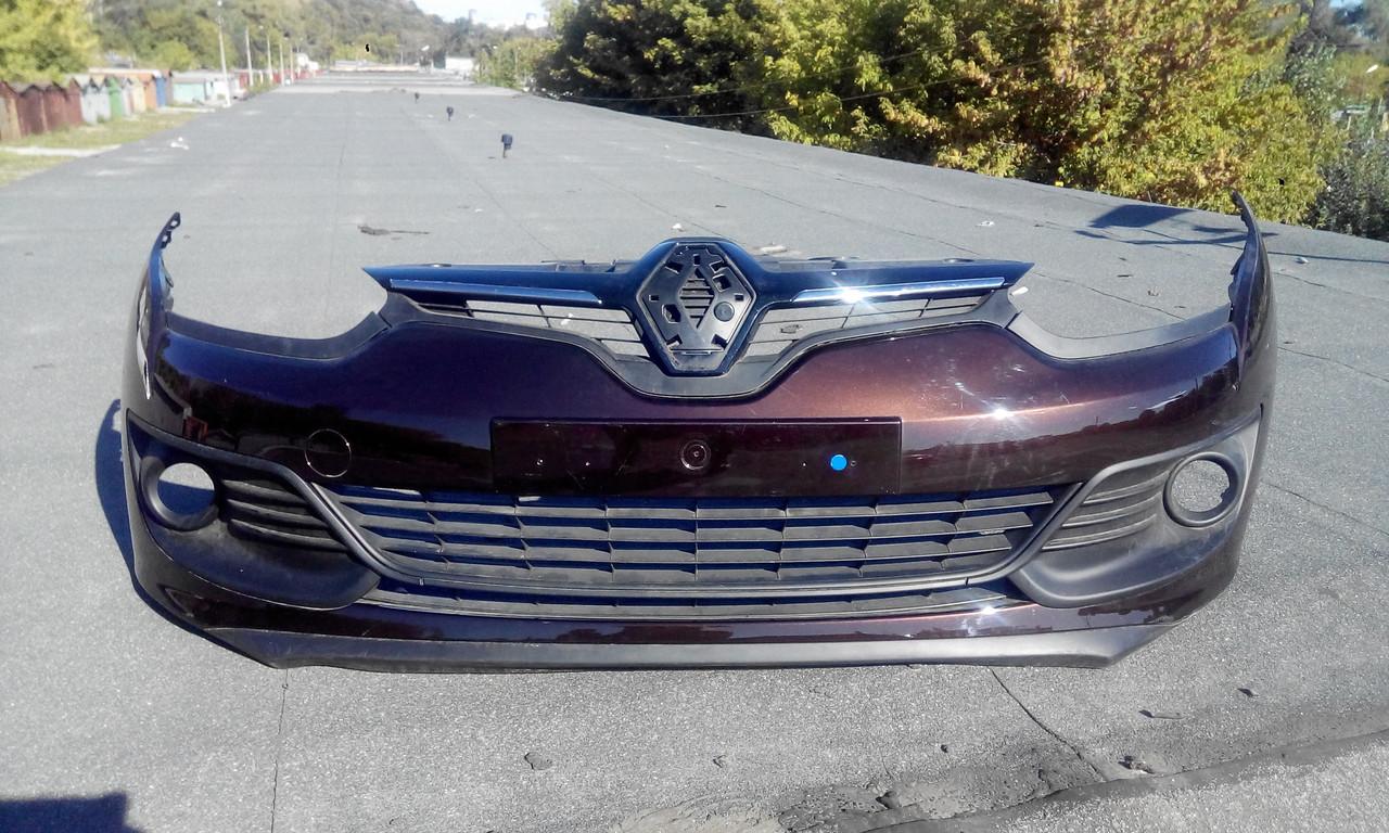 Бампер передний Рено Меган 3 GT б/у