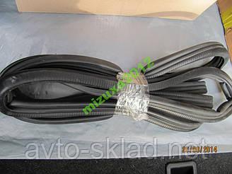 Ущільнювач двері ВАЗ 2108, ЗАЗ 1102 1 шт.