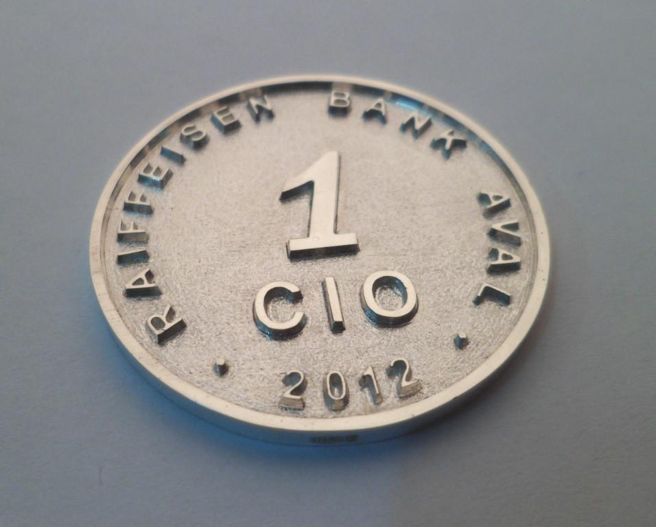 Монеты сувенирные, юбилейные из золота и серебра. 3
