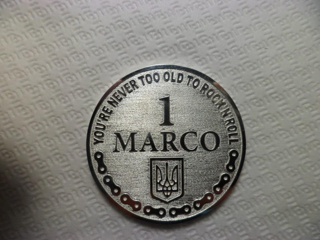 Монеты сувенирные, юбилейные из золота и серебра. 16