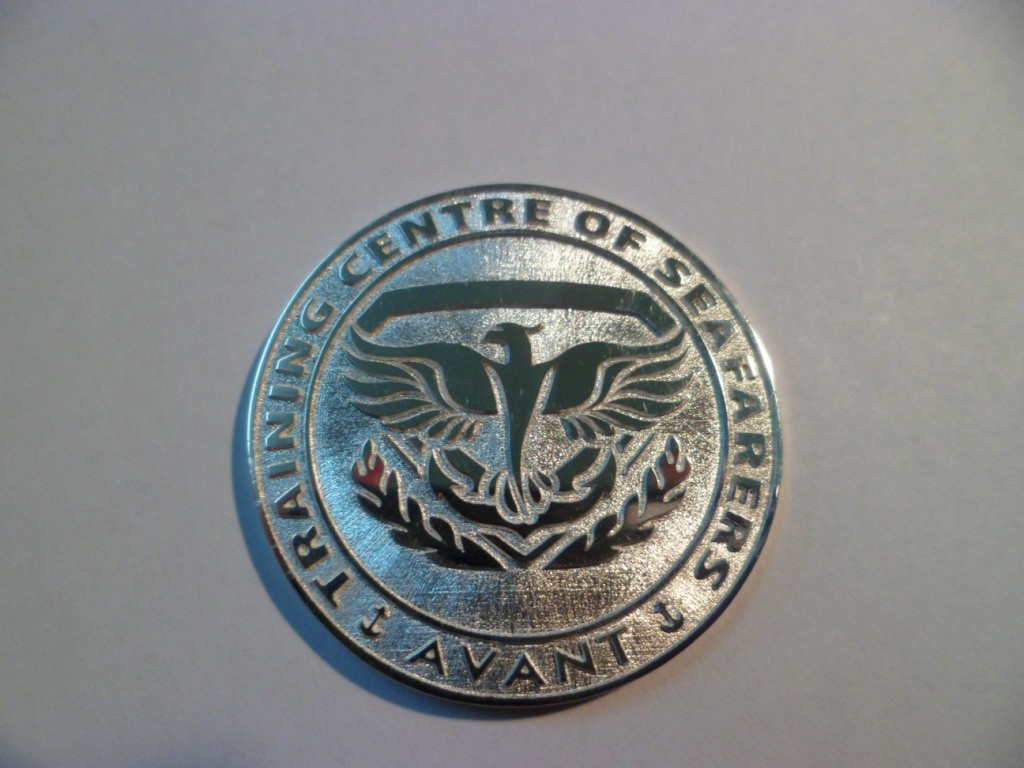 Монеты сувенирные, юбилейные из золота и серебра. 18