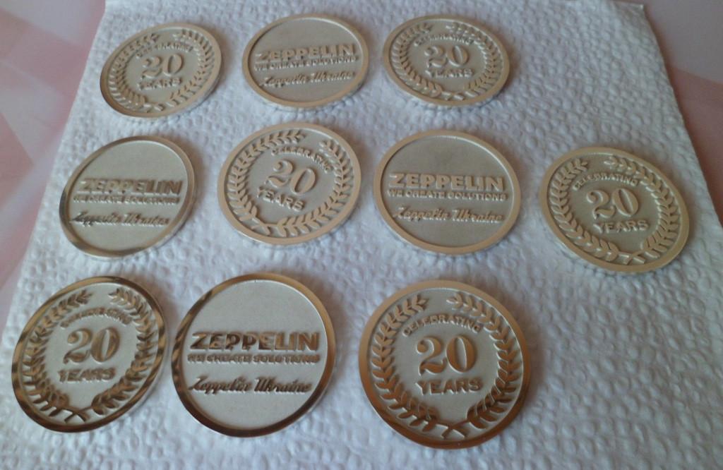 Монеты сувенирные, юбилейные из золота и серебра. 19