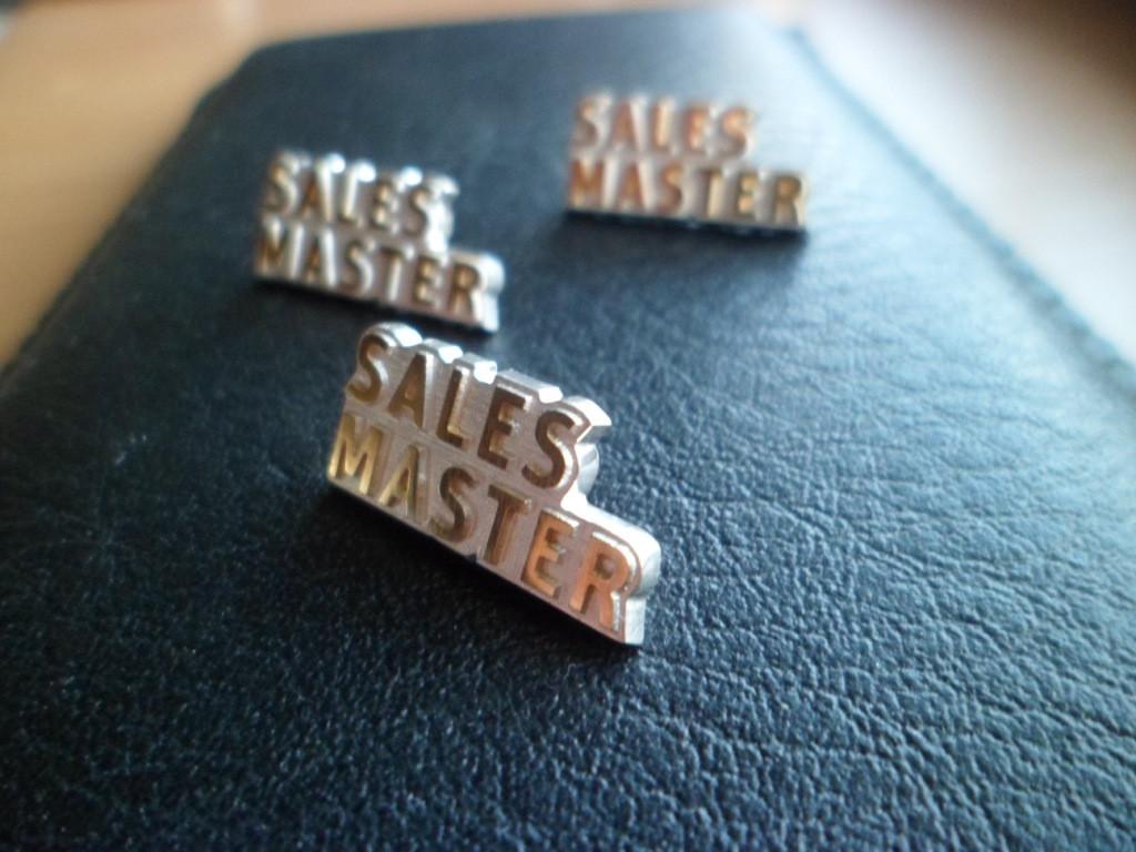 Значки из золота, серебра на заказ. Корпоративные, с логотипом, фирменные. 9