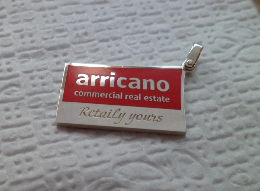 Значки из золота, серебра на заказ. Корпоративные, с логотипом, фирменные. 11