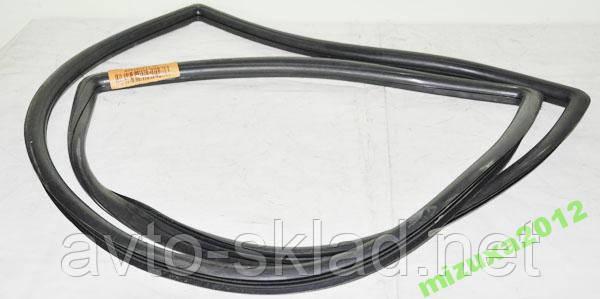 Уплотнитель лобового стекла ВАЗ 2108, 2109, 21099