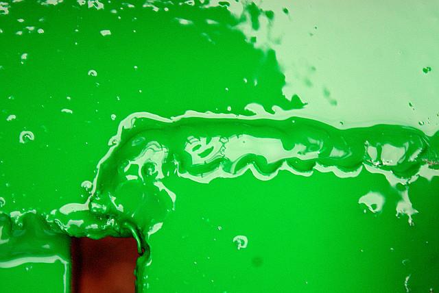 светло зеленая  краска в баллончике, аэрозоле для метала, пластика, дерева, керамики