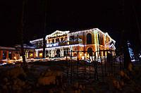 Световое украшение домов, коттеджей, новогодняя иллюминация фасадов, оформление гирляндами