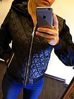 Черная осенняя куртка женская