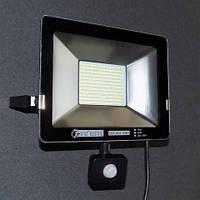 Прожектор светодиодный с датчиком движения 50W LED 6400K KODE:535662
