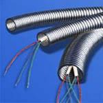 Прокладка провода в металлорукаве