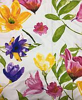Сатин с крупными разноцветными акварельными цветами на белом фоне, фото 1