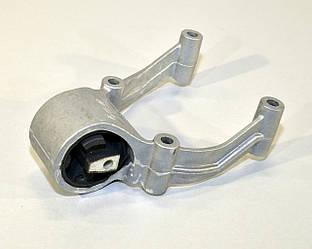 Подушка двигателя / КПП (число передач 6) на Renault Masсott  1999->2010 — Renault (Оригинал) - 5010316545