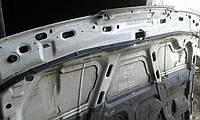Капот белый Mazda 626 gd