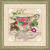 Набор для вышивания крестом «Малиновый чай» (1476)