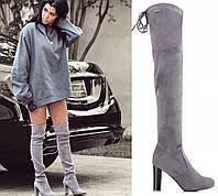 Женские сапоги светло-серые на высоком каблуке