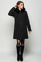 Свободное  пальто с мехом на воротнике