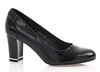 Красивые и удобные туфли бордовые и черные