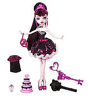Кукла Дракулаура из серии Сладкие 1600 (Monster High Sweet 1600 Draculaura Doll)