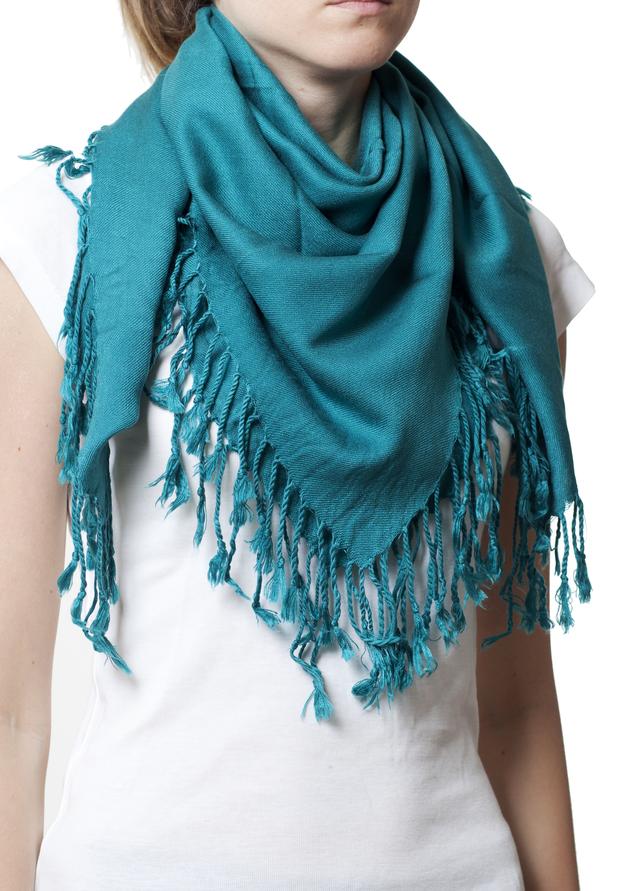 Однотонный бирюзовый шерстяной платок 1