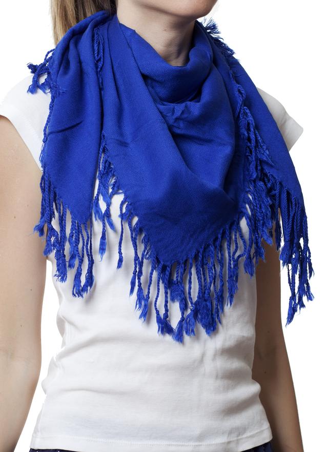 Однотонный синий шерстяной платок 1