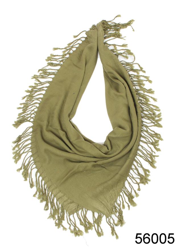 Однотонный оливковый шерстяной платок 2