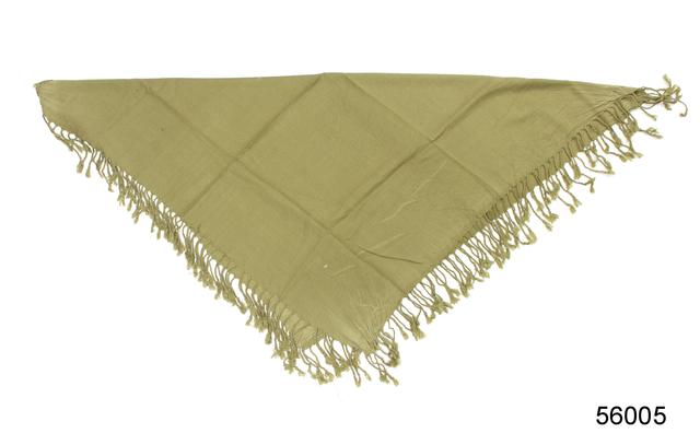 Однотонный оливковый шерстяной платок 3