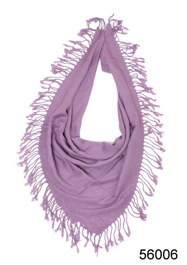 Однотонный сиреневый шерстяной платок 2
