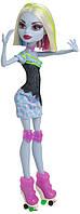 Кукла Эбби Боминейбл Роллеры (Monster High Roller Maze Abbey Bominable Doll), фото 1