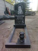 Памятник не дорогой метровый