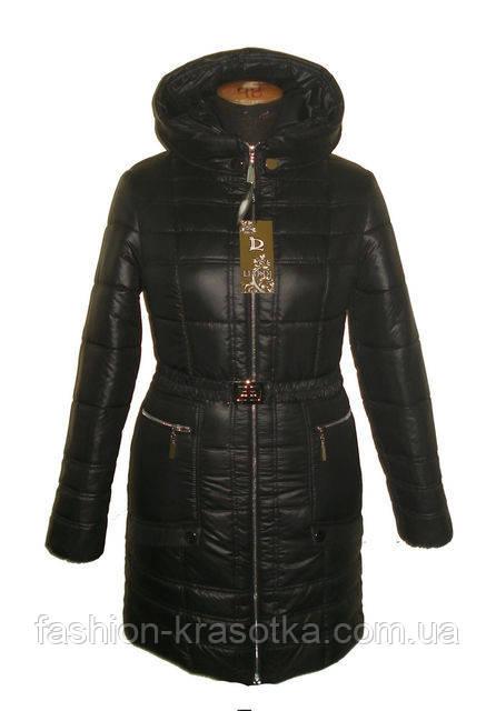 Симпатичный женский зимний пуховик черного цвета