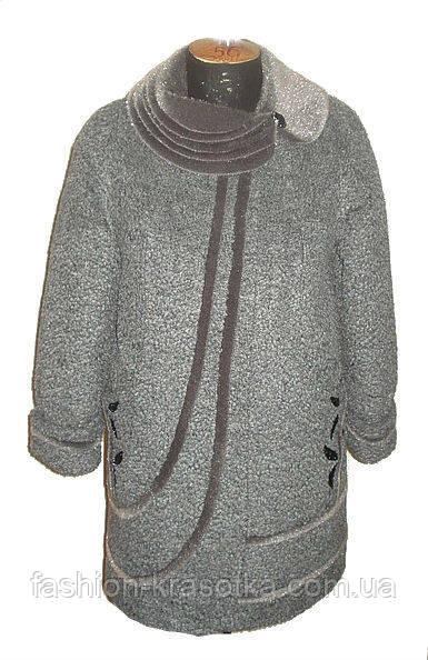 Симпатичное женское зимнее пальто увеличенных размеров