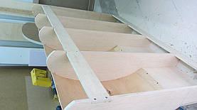 Каркас изголовья кровати,который изготовлен из  натурального дерева