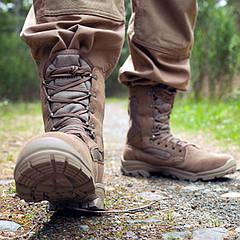 Взуття армійська, аксесуари