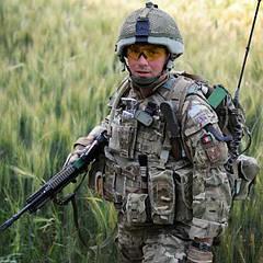 Військова одяг та екіпірування