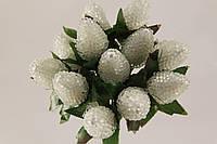 Ягоды малины искусственные белые