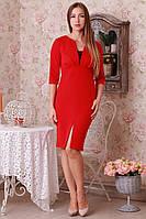 Красное платье со вставкой гипюра