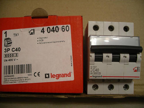 Legrand Автомат. выключатель TXC40А-3Полюса 6 кА