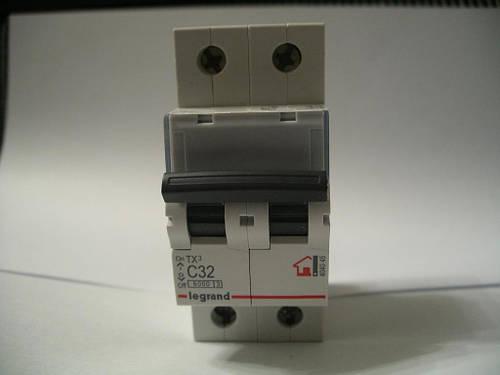 Legrand Автомат. выключатель TXC32А-2Полюса 6 кА