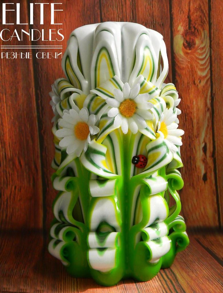 Свеча Цветок резная с белыми ромашками, 8 граней, №3007 (Разноцветная) 17 см высотой