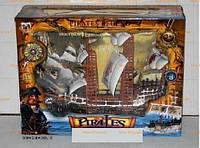 Пиратский корабль 350-2 с пиратами в коробке, батарейка,музыка,свет