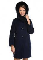 Пальто с натуральным мехом на капюшоне