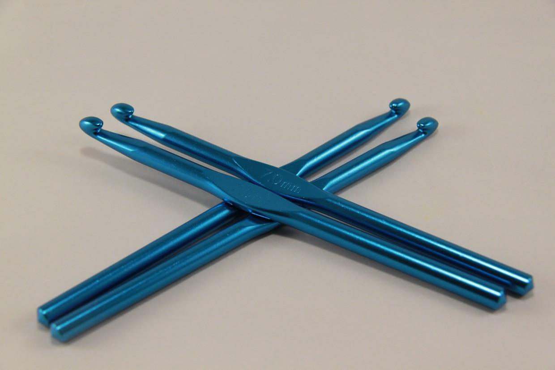 Крючок для вязания металлический 7 мм